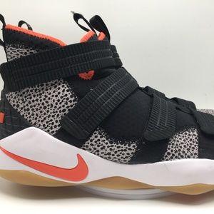 size 40 725b1 23240 Men s Nike Best Basketball Shoes on Poshmark